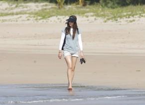 jessica_biel_bikini_bottom_candids_in_puerto_rico_83