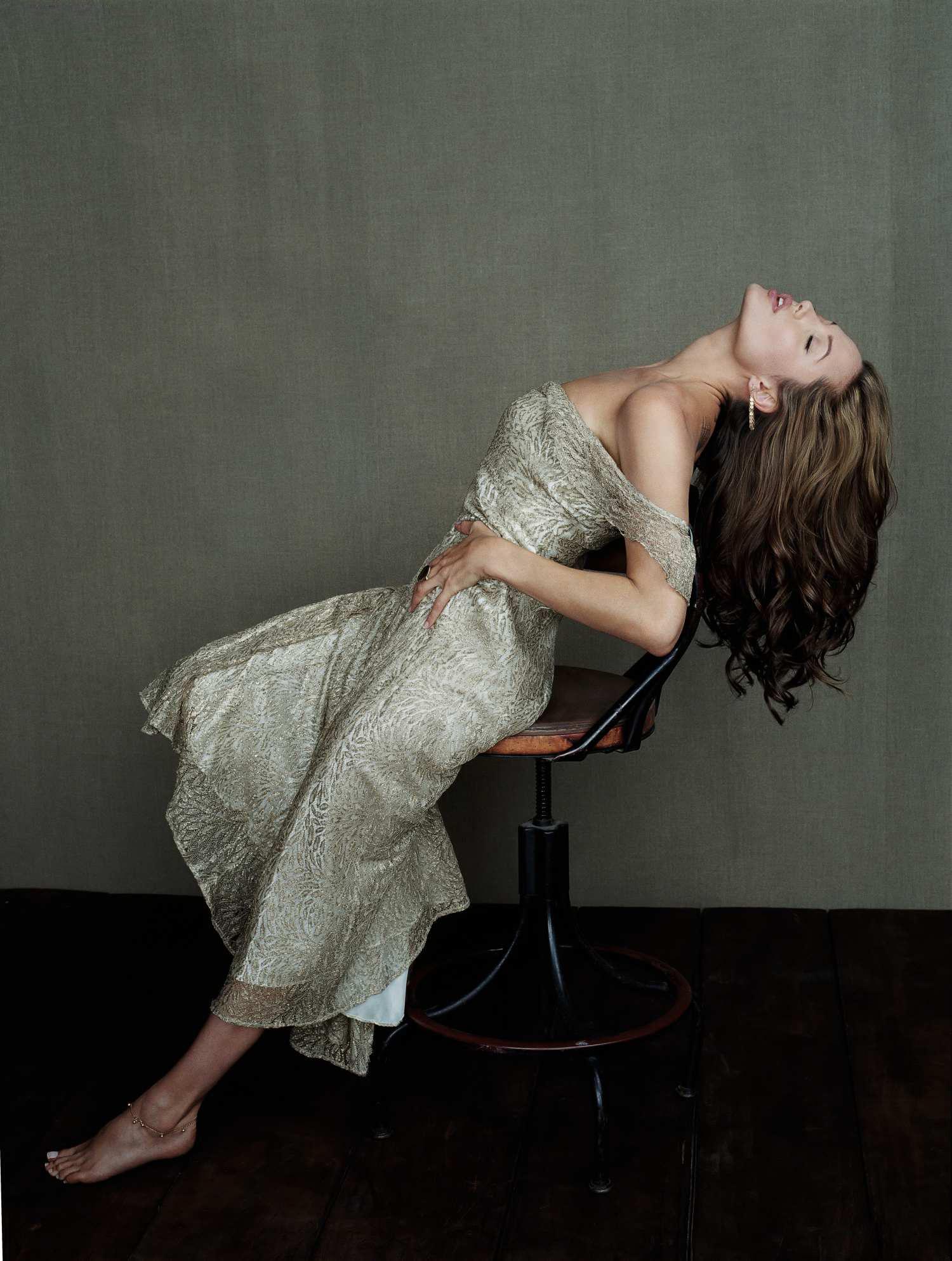 Scarlett johansson yariv milchan 2004 uhq photo shoot nude (61 photo)